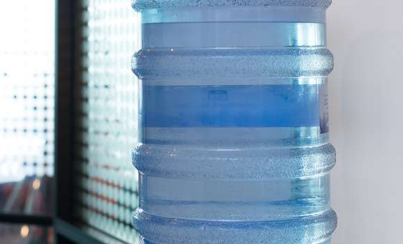 Water bottle servicing