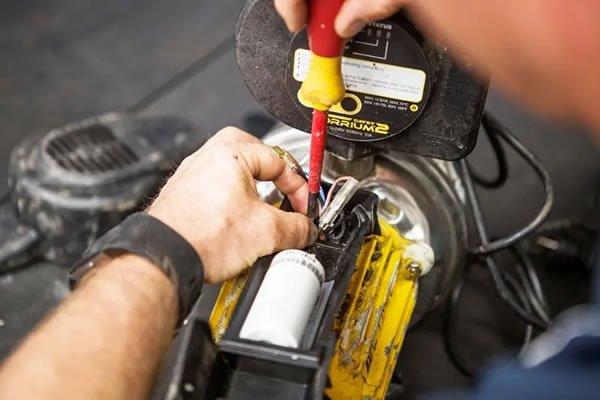 Servicing a Davey pump - pump support